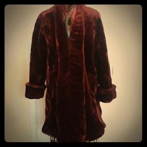 Jackets & Blazers - Gorgeous vintage faux fur swing coat l/xl